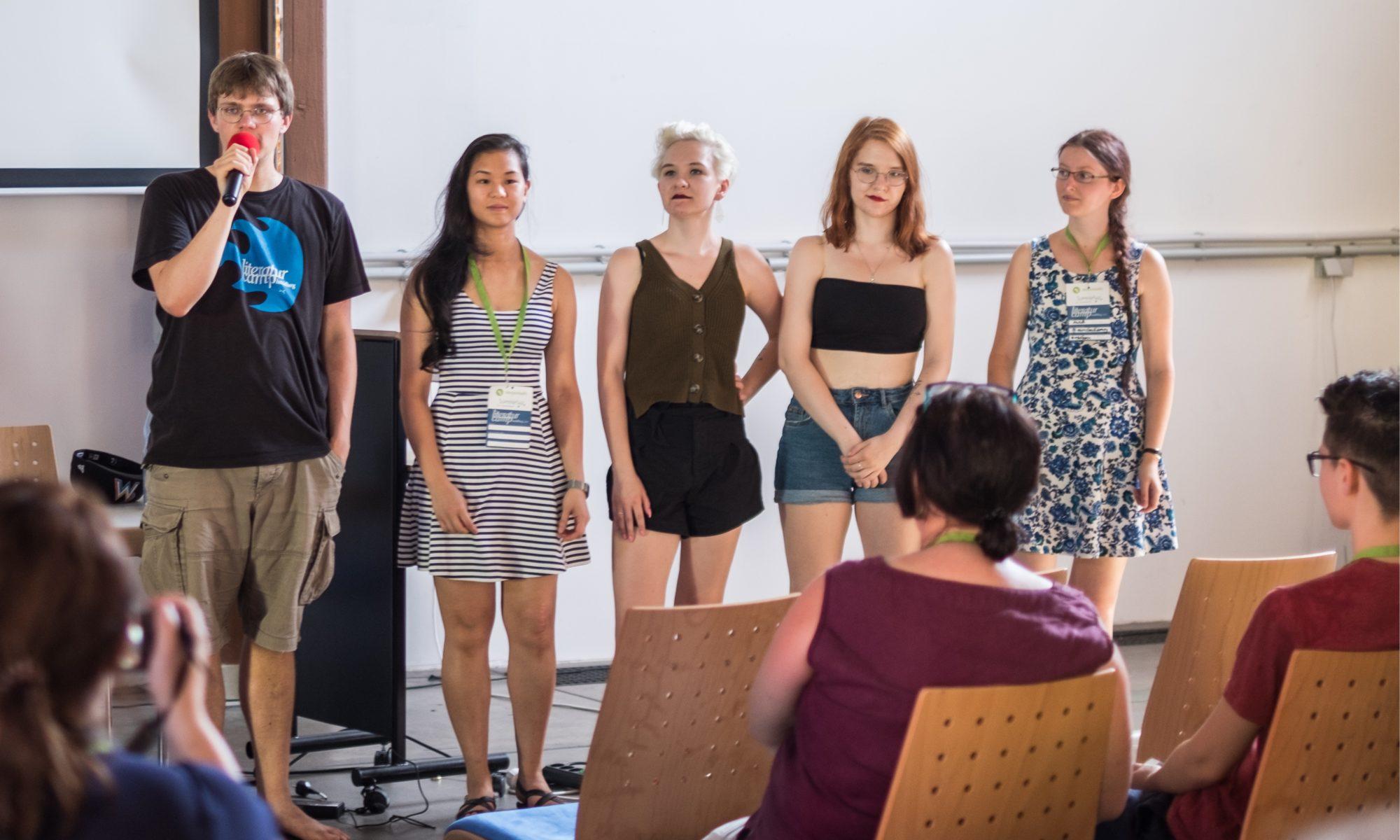 Sonne, Slush und Neuigkeiten: Das LitcampBER-Team auf dem LitcampHD